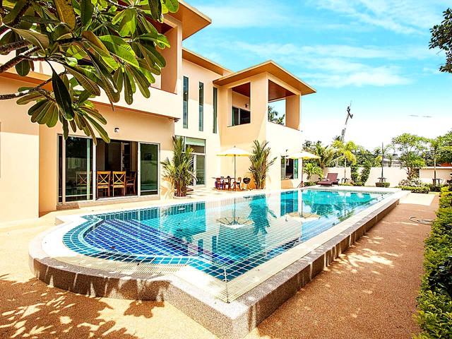 Pensri Villa | 4 Bed Pool Summer House in Rawai Phuket