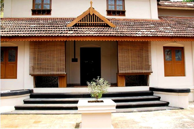 Deluxe room accommodation in a homestay