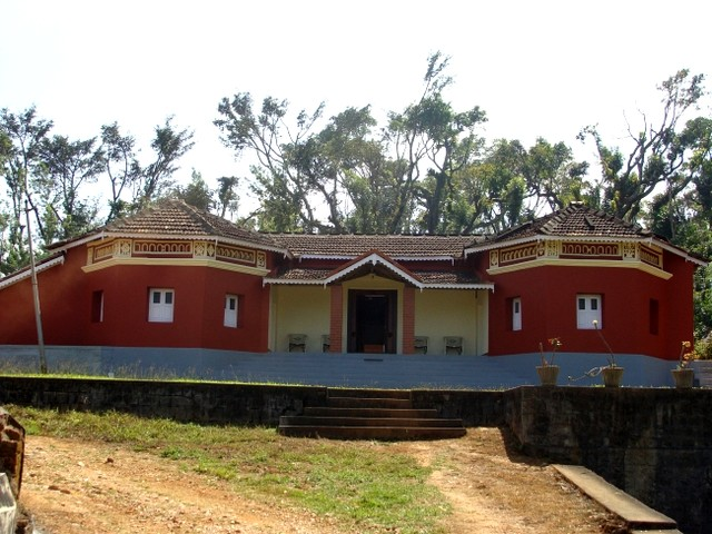 Brick Cottage stay in between widespread coffee plantation Homestay