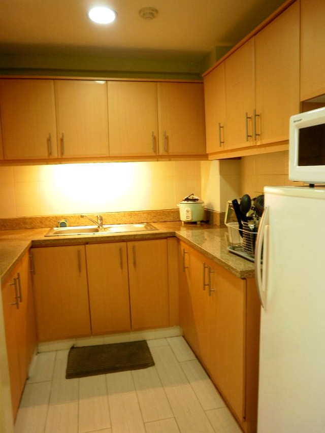 Eastwood Condo 1BR Furnished (EE1-27B)