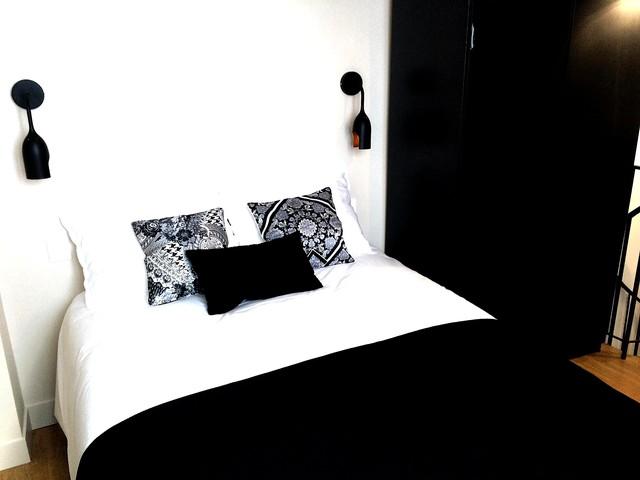 b'Charming duplex in Montmartre'