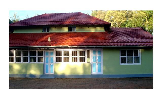 Room stay in a Homestay near Mullayyangiri