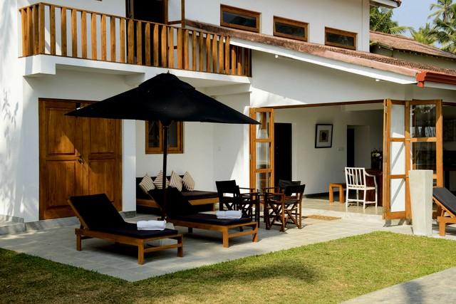 Private beach front modern House in Sri Lanka