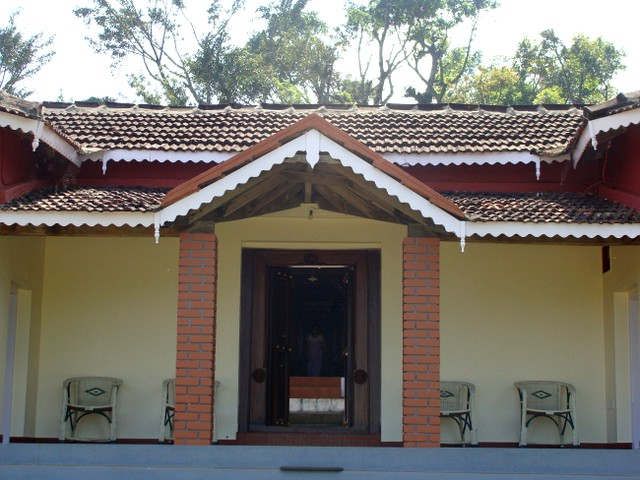 Heritage Home stay in between widespread coffee plantation Homestay