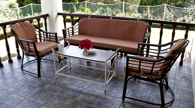 Room accommodation at the foothills of Coonoor - Valley View Cottage Coonoor