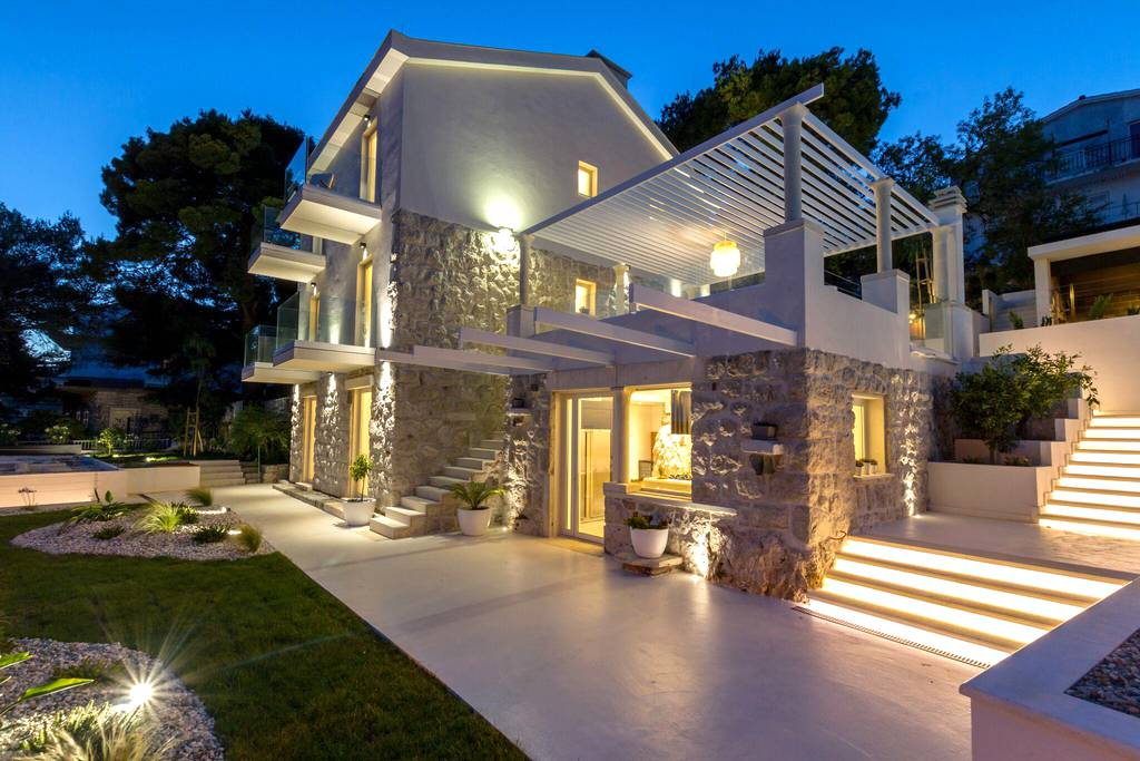 New Luxury Villa With Pool 8 2 Persons Modern Architecture