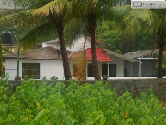 Bungalow In Lonavala For Rent Fully Ac Music System And Cook Tripvillas Holiday Rentals