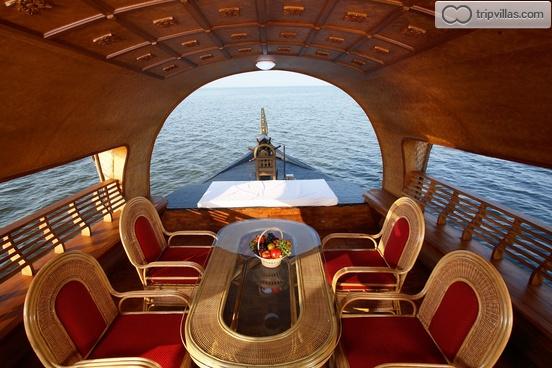 One Bedroom A C Luxury Houseboat Alleppey Kerala Tripvillas