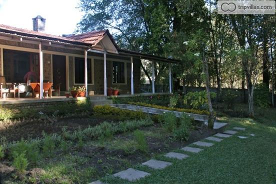 3 bedrooms cottage near the famous kodaikanal lake villa lakeside tripvillas holiday rentals for Kodaikanal cottage with swimming pool